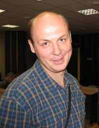 Гагарин Александр Николаевич, русский, родился 01.12.1977.